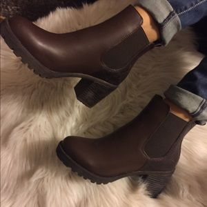 Shoes - BROWN FAUX LEATHER ANKLE BOOTS